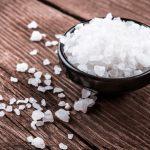 Il sale può favorire la cellulite: scopri perché