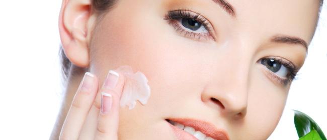Antiaging: le creme agli zuccheri che nutrono le fibre della pelle