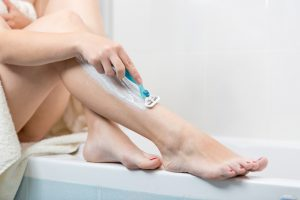 Pro e contro della depilazione con il rasoio