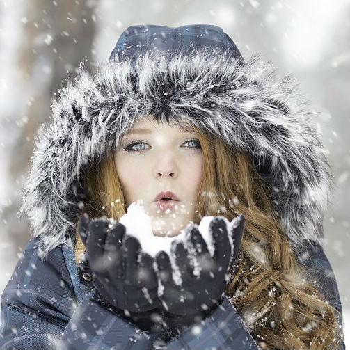 Cosa fare e cosa non fare per evitare screpolature e irritazioni da freddo