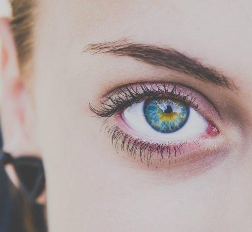 Occhiaie e borse sotto gli occhi: cause e rimedi