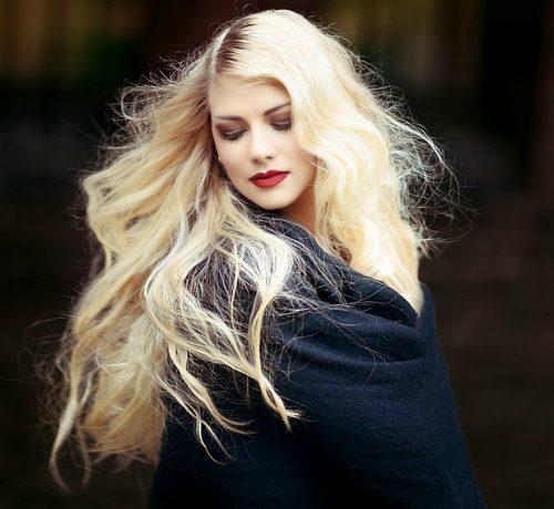 Scegli queste colorazioni per non rovinare i tuoi capelli già fragili
