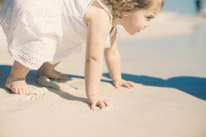 Sole Sotto L Ombrellone.Come Scegliere Le Creme Solari Per Neonati E Bambini