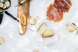 gli alimenti che contengono sale fanno male alla tua salute e alla cellulite.