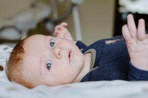 Qual è la migliore crema per pelle secca dei bambini? I consigli del dermatologo Di Pietro