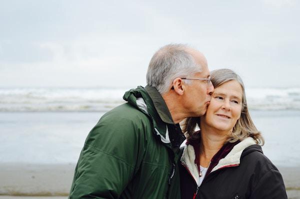 50 anno vecchio donna dating 60 anno vecchio uomo