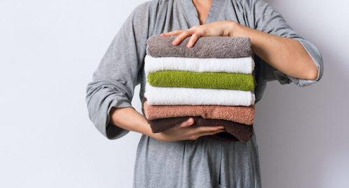 Quante volte va cambiato l'asciugamano per mantenere l'igiene personale ed evitare il contagio da staphylococcus aureus