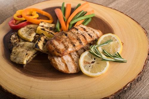 Pancia piatta: quali sono gli alimenti utili.