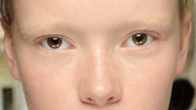 Schiarire le sopracciglia: ci sono controindicazioni?