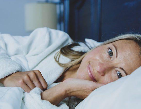 Crema viso notte: come sceglierla e applicarla per trarne i maggiori benefici