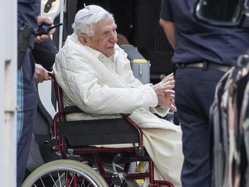Papa benedetto XVI soffre di erisipela: che cos'è?