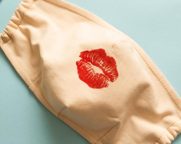 Come scegliere il balsamo labbra per rigenerare pele sotto la mascherina