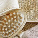 Come scegliere l'accessorio beauty più adatto in base al tipo di pelle