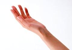 giradito sulle mani